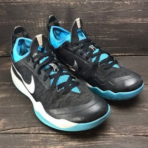 Nike Zoom Crusader Basketball Shoes Size 8.5